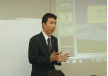 講師の杉村幸一氏